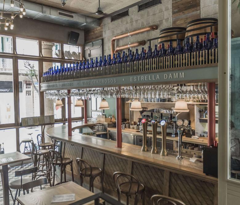 Bar Restaurant Casanova Passeig del Born 27