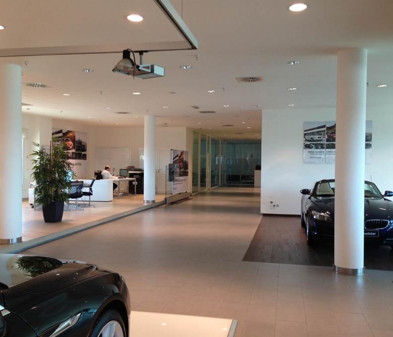 Concesionario de vehículos, Ionictec, Ingeniería